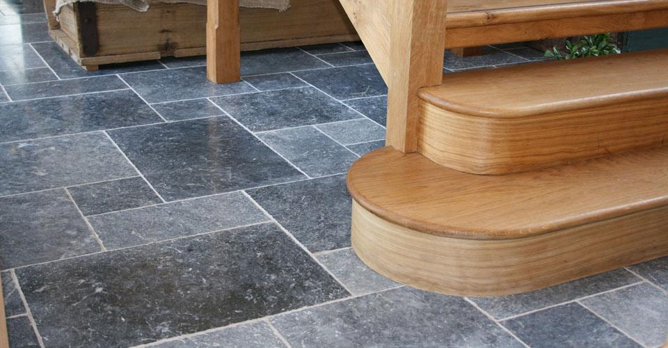 granite-mable-tiles-laying3